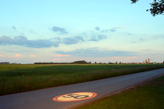 50 (Wolfgang Binder) Tags: 50 road sign landscape path nikon d7000 zeiss distagon distagont2825 sky scenery horizon