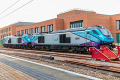 Transpennine Express 68027 & 68028 at York (Simon.Davison.Photography) Tags: train diesel loco locomotive class68 68 68027 68028 tpe transpennine transpennineexpress york railway railwaystation trainstation ecml eastcoastmainline lordpresident splendid first firsttrains firstgroup canon canonm50 m50 canon2470 2470