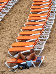 Side, Turkey, May 2019. . . (CWhatPhotos) Tags: cwhatphotos flickr pics picture pictures photo photos photographs foto fotos with that have which contain look like art artistic view views camera olympus micro four thirds sunny day holidays holiday turkey side turkish may 2019 hot sun blue sky skies gorgeous man male beach sunbathing beds orange sand line