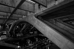 Inferno (lebre.jaime) Tags: portugal lisbon orienteterminal concrete architecture digital fullframe ff fx blackwhite bw noiretblanc pb pretobranco ptbw railwaystation busterminal subwaystation nikon d600 nikkorafs1735f28d affinity affinityphoto