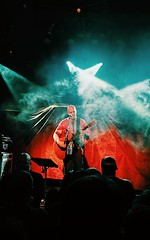 L O V E ? (thnewblack) Tags: huaweip30pro smartphone leicaoptics cameraphone nightmode concert live show vsco devintownsend acoustic