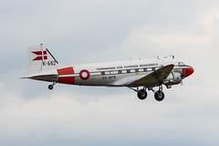OY-BPB Douglas C47A 'Gamle Dame' (amisbk196) Tags: airfield aircraft dday dday75 flickr amis unitedkingdom aviation 2019 daksoverduxford uk duxford oybpb douglas c47a gamledame