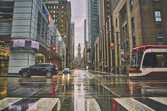 Rainy Day on King Street (A Great Capture) Tags: agreatcapture agc wwwagreatcapturecom adjm ash2276 ashleylduffus ald mobilejay jamesmitchell toronto on ontario canada canadian photographer northamerica torontoexplore spring springtime printemps 2019 city downtown lights urban canon eos 6d mark ii ef2470mm colours colors colourful colorful cityscape urbanscape digital dslr lens reflection mirror glass reflections outdoor outdoors outside wet water agua eau overcast rain rainyday rainy cloudy streetphotography streetscape photography streetphoto street calle