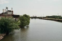 Schuylkill River (Tom Ipri) Tags: filmisnotdead veoliaenergy philly filmphotography kodakektar100 schuylkillriver philadelphia 35mm canoneosrebel2000 shotonfilm