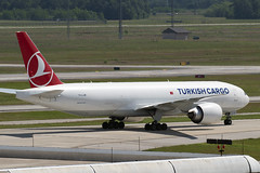 TC-LJM (JBoulin94) Tags: tcljm turkishairlinescargo turkish airlines cargo boeing 777f freighter houston bush intercontinental airport iah kiah usa tx john boulin