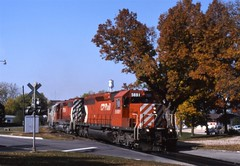 When CP was rare in Iowa (ujka4) Tags: sooline soo monona iowa ia sd402 5691 canadianpacific cp cprs fallcolors autumn