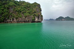 Cloudy Afternoon at Halong Bay (engrjpleo) Tags: halongbay vietnam southeastasia landscape seascape sea water waterscape outdoor rock coast