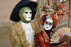 QUINTESSENZA VENEZIANA 2019 775 (aittouarsalain) Tags: venezia venise carnevale carnaval costume masque mask chapeau hat éventail