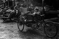 Surabaya Street Life (Amalshaleh1966) Tags: bw ampel becak pasar