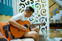 Dad & his guitar (bnd Minh) Tags: dad mom parents guitar play home house classic orange glasses reflex concentrate music fingers relax portrait people sony a7iii