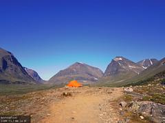 Tent (Aptofoto) Tags: mouintains tent tents camping free trekking trekk climbing walking kebnekaise sweden canon eos blue orange green skies sky warm humid