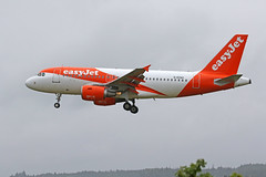 G-EZAC Airbus A319-111 EasyJet Inverness (Roger Wasley) Tags: gezac airbus a319111 easyjet inverness airport scotland aircraft airliner plane