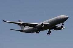 ZZ334 DSC_3257 (sauliusjulius) Tags: zz334 airbus a330243 mrtt kc3 a332 prck 43c6f7 rrr rr royal air force raf 2009 fwwkj