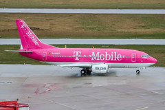 D-AHLD (PlanePixNase) Tags: aircraft airport planespotting haj eddv hannover langenhagen boeing 737500 b735 hlx hapaglloyd express tmobile