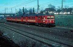 465 023  Kornwestheim  06.03.77 (w. + h. brutzer) Tags: kornwestheim eisenbahn eisenbahnen train trains deutschland germany railway triebwagen triebzug triebzüge 465 db webru analog nikon et65