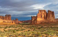 The Three Gossips and Courthouse Towers (Mimi Ditchie) Tags: arches archesnationalpark landscape buttes valley clouds morning courthousetowers thethreegossips getty gettyimages mimiditchie mimiditchiephotography