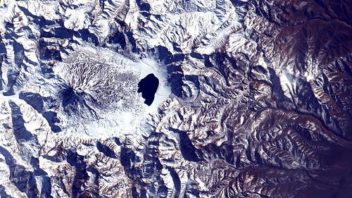 Vulcão / Volcano Maipo, Andes.