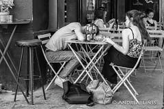 paris ... (andrealinss) Tags: frankreich france paris parisstreet schwarzweiss street streetphotography streetfotografie bw blackandwhite andrealinss 35mm