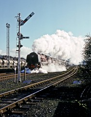 46229, Skipton, North Yorkshire, April 1990 (David Rostance) Tags: 46229 coronationclass lms stanier duchess skipton northyorkshire cumbrianmountain semaphoresignals