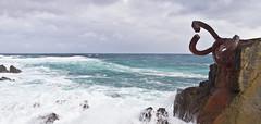 """Windkämme / """"Wind crest"""" # 7 (schreibtnix on'n off) Tags: reisen travelling europa europe spanien spain baskenland basqueregion küste coast atlantik atlantic brandung surf kunst art skulpturen sculptures eduardochillida peinedelviento windkämme windcrest olympuse5 schreibtnix"""