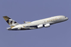 Etihad Airways A380 A6-APD at London Heathrow LHR/EGLL (dan89876) Tags: etihad airways airbus a380 a380800 a388 a380861 a7apd london heathrow international airport takeoff 09r banking lhr egll