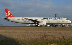 "TC-JSC, Airbus A321-231, c/n 5254, Turkish Airlines (Türk Hava Yollari), ""Arnavutköy"", CDG/LFPG 2019-02-20, taxiway Alpha-Loop. (alaindurandpatrick) Tags: tk thy thyturkishairlines turkishairlines türkhavayollari turkish airlines airliners jetliners airbus airbusa321 airbusa321200 a321 a321200 cdg lfpg parisroissycdg airports aviationphotography tcjsc cn5254 a321231 airbusa321231"