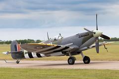MH434 Supermarine Spitfire MkIX (amisbk196) Tags: airfield aircraft dday aviation flickr amis dday75 unitedkingdom 2019 daksoverduxford uk duxford mh434 supermarine spitfire mkix