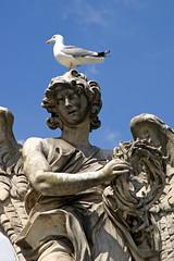 Rom, Ponte Sant'Angelo, Engel mit der Dornenkrone (Angel with the crown of thorns) (HEN-Magonza) Tags: rom roma rome italien italy italia engelsbrücke pontesantangelo engel angel gianlorenzobernini dornenkrone crownofthorns rioneborgo