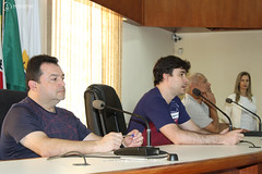 """Mesa Redonda 