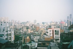 _ (michaelaxvx) Tags: hapjeongdong seoul fujifilm400 fujifilm nikonzoom310af