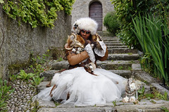 Parade vénitienne Yvoire 2019 (joménager) Tags: nikonpassion nikond3 nikonafs24120f4 carnaval costume masque yvoire hautesavoie flash