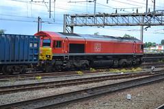 DB Cargo Class 66/0 66020 - Stockport (dwb transport photos) Tags: dbcargo locomotive 66020 stockport