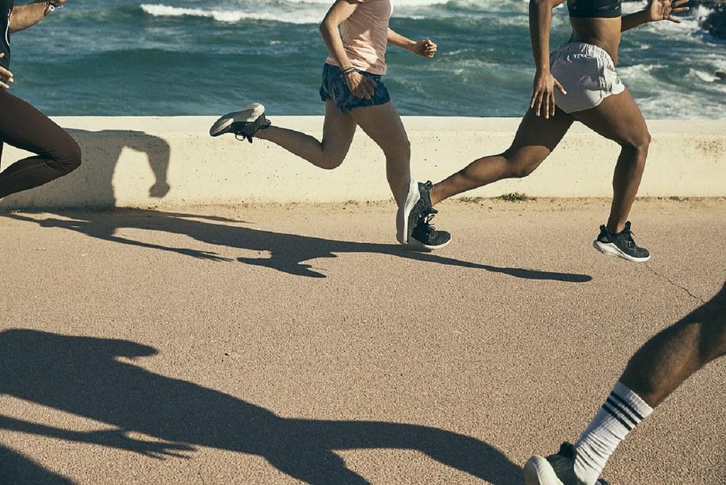 2. 至2018年止,adidas已有600萬雙鞋採用海洋回收塑料製成,以實際行動守護蔚藍海洋
