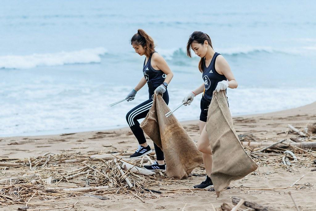 3. 長期關注海洋環境的adidas號召30位adidas Runners共同淨灘