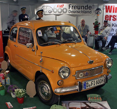 600 (Schwanzus_Longus) Tags: techno classica essen german germany old classic vintage car vehicle compact italy italian fiat 600