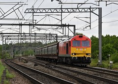 60040 'The Territorial Army Centenary' Weaver Junction (Paul Baxter 362) Tags: class60 60040 theterritorialarmycentenary dbcargo dbc westcoastmainline wcml 6g51 weaverjunction