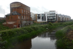 Old & New Buildings (andreboeni) Tags: old new buildings apartments building architecture taunton somerset canal