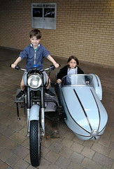Elliott & Lydia (andreboeni) Tags: harrypotter world motorcycle sidecar motorbike rider passenger