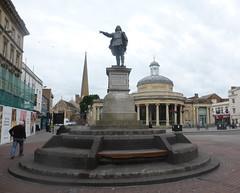 Admiral Blake Statue, Bridgwater (andreboeni) Tags: admiral blake statue bridgwater somerset building buildings architecture town memorial robertblake