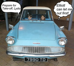 Elliott & Lydia (andreboeni) Tags: harrypotter 1960 ford anglia 105e classic car automobile cars automobiles voitures autos automobili classique voiture rétro retro auto oldtimer klassik classica classico