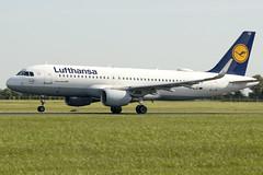 D-AIUC | Lufthansa | Airbus A320-214 | CN 6006 | Built 2014 | DUB/EIDW 13/05/2019 (Mick Planespotter) Tags: aircraft airport nik a320 sharpenerpro3 daiuc lufthansa airbus a320214 6006 2014 dub eidw 13052019 2019 dublinairport collinstown
