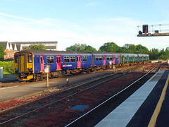 150238 & 150263 Exeter St Davids (Marky7890) Tags: gwr 150263 150238 class150 sprinter 2t27 exeterstdavids railway devon avocetline train