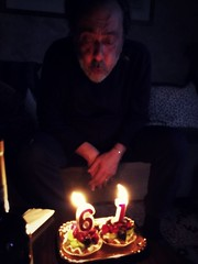 e sono 61! (me, paolo and the seven wonders + two&little3) Tags: paolo compleanno birthday tortine candele picmonkey