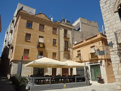 Carrer Riber, Montblanc - Cafeteria Restaurant (ell brown) Tags: montblanc tarragona catalonia catalunya spain españa tree trees concadebarberà pradesmountains carrerriber cafeteriarestaurant fondadelsàngels