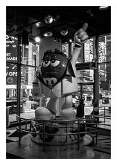FILM - M&M (fishyfish_arcade) Tags: 35mm analogphotography bw blackwhite blackandwhite canonsureshotz135 filmphotography filmisnotdead hp5 istillshootfilm monochrome analogcamera compact film ilford mono