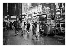 FILM - Striking a pose (fishyfish_arcade) Tags: 35mm analogphotography bw blackwhite blackandwhite canonsureshotz135 filmphotography filmisnotdead hp5 istillshootfilm monochrome analogcamera compact film ilford mono streetphotography