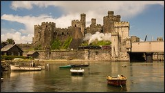 Conwy Castle 6th (peterdouglas1) Tags: 45690 leander 1z67 lms 5xp conwycastle boats northwalescoastrailway northwalescoast