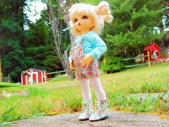 Flowered Girly (Forest_Daughter) Tags: fairyland littlefee ante bjd balljointed doll