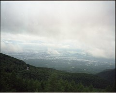 (✞bens▲n) Tags: mamiya 7ii kodak ektacolorgold160 80mm f4 film analogue 6x7 landscape mountains nagano japan