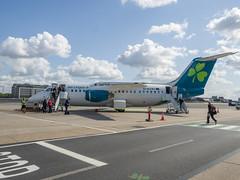 Aer Lingus BAE 146 (James E. Petts) Tags: aircraft avrorj bae146 aeroplane airplane aviation jet london transport eirji